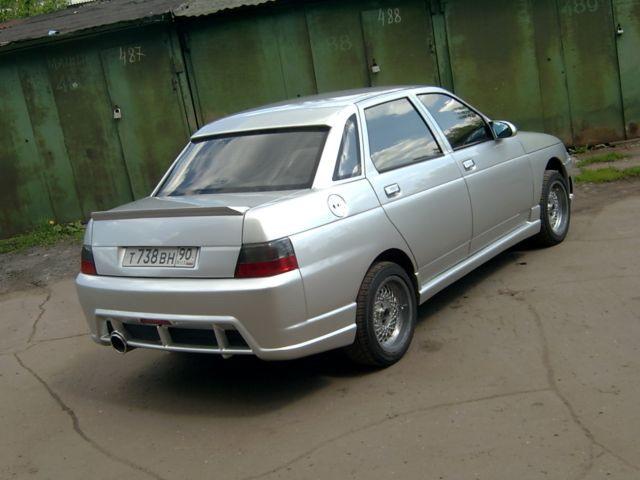 Тюнингованный ВАЗ 2110