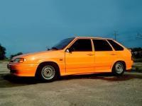 Лада 2114 оранжевого цвета