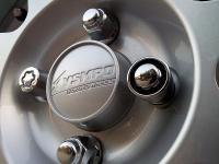 Защита колес болтами секретками
