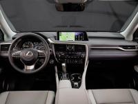 Интерьер Lexus RX200
