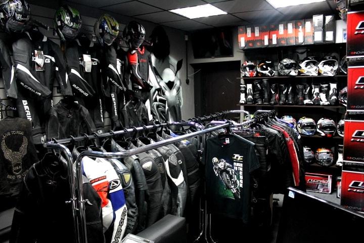 Магазин для мотоциклистов